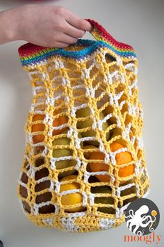 Rainbow Pocket Market Bag - folds up to go anywhere! Free crochet pattern on Moogly