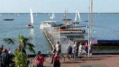 Etwa 30 Kilometer nordwestlich von Hannover liegt das Steinhuder Meer. Mit einer Fläche von fast 30 Quadratkilometern ist es der größte See Nordwestdeutschlands.