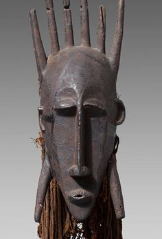 Mali, Sikasso region Wood, metal and cotton H. 37 cm Total high ( with headdress) 49 cm