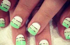 Uñas decoradas color verde, uñas decoradas color verde agua.   #uñasdecoradas #corunhas #uñasconcolores