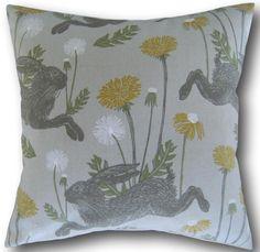 "White Fabric Clarke /& Clarke Cushion /& Pillow Cover 18/"" Terrace Leaf Grey"
