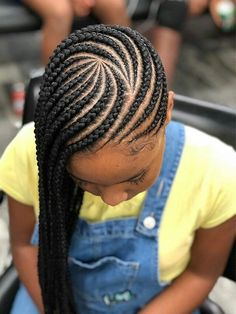 27 Sexy Lemonade Braids Inspired by Beyoncé 27 Lemonade Braids You Will Want to Copy - The Trend Spotter<br> Release your inner Beyonce with these sexy lemonade braids hairstyles that you will want to copy in # lemonade Braids bun # lemonade Braids bun Box Braids Hairstyles, Lemonade Braids Hairstyles, Braided Hairstyles For Black Women, Braided Ponytail Hairstyles, My Hairstyle, Girl Hairstyles, Teenage Hairstyles, Beyonce Hairstyles, Toddler Hairstyles