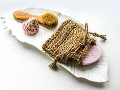 Plastic-free Long-life sponge; Unsponge; Cotton dishwashing sponge;  Cotton  and Jute sponge; Brown; Re-used coffee sacks and cotton sponge