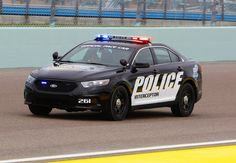 6. Ford Police Interceptor Sedan 3.7L AWD