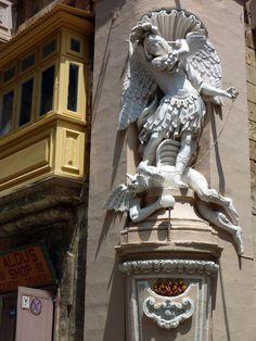 Architectural adornment, Malta