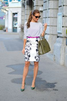 structured bag and chic outfit with green pumps