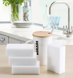 Package Included:100x Cleaning Magic Sponge Eraser Melamine Cleaner. This magic sponge removes stain or dirt with water. This sponge can be cut into any size for a suitable shape.
