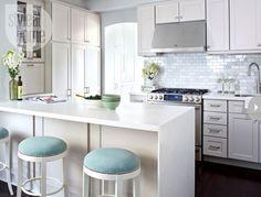 Airy kitchen {PHOTO: Virginia Macdonald}