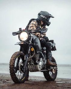 Honda Dominator, Honda Scrambler, Scrambler Motorcycle, Moto Bike, Honda Motorcycles, Motorcycle Travel, Motorcycle Design, Cafe Racer Bikes, Cafe Racers