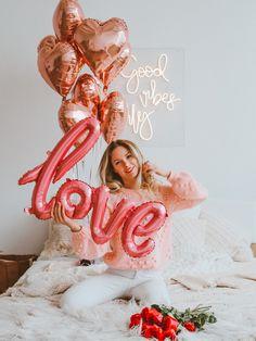 Photoshoot Ideas, Ideas Para, Showers, Photo Shoot, Valentines Day, Photographs, Hearts, Party Ideas, Birthday