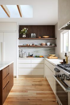 46 Great Examples of White Contemporary Kitchen Cabinets modern kitchen design // open shelving // w White Contemporary Kitchen, Contemporary Kitchen Cabinets, White Kitchen Cabinets, Wood Cabinets, Kitchen Cabinets Design, Walnut Kitchen, Open Cabinets, Island Kitchen, Base Cabinets