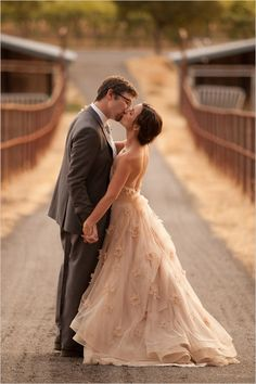 Bride and groom portraits, and ohhh that dress we love! Captured By: Casey Fatchett #wchappyhour ---> http://www.weddingchicks.com/2014/06/02/wedding-chicks-happy-hour-9/