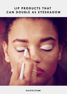 black women's makeup d Face Tips, Beauty Tips For Face, Beauty Makeup Tips, Makeup Tricks, Beauty Tricks, Makeup Tutorials, Glossy Eyes, Makeup Ads, Eye Liner Tricks
