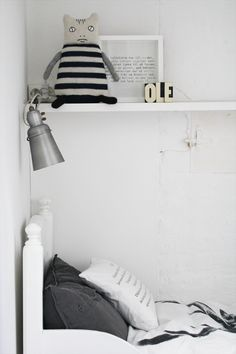 Nice room with spot from House Doctor and the black wooden letters