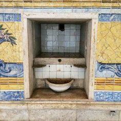 Lisbona  Art#Artist#Artsy#Beautiful#Creative#Draw#hadmade#potteryart#Gallery#Instaart#Instaartist#insta_pottery#Instagood#Picture#Tagsforlikes#Ceramicart#ceramicartist#ceramics#Keramik#セラミックス#Кераміка#陶瓷#ceramica#Pottery#homedecor by cera_mica_ale