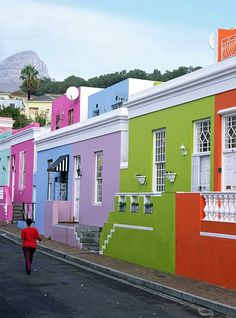My Place of birth - Bo-Kaap, formerly known as the Malay Quarter, is one of the most vibrant areas in Cape Town. Visit South Africa, Cape Town South Africa, Beautiful World, Beautiful Places, Beautiful Homes, Places Around The World, Around The Worlds, Out Of Africa, Modern Staircase