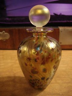 ISLE OF WIGHT GLASS | Isle of Wight hand blown glass scent bottle, retired.