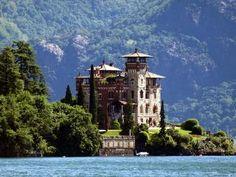 Romantic Luxury Apartment Overlooking The Lake, San Siro