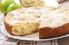 A delicious recipe that works well as a cake or muffins. Apple Cinnamon Cake, French Apple Cake, Cinnamon Apples, Thermomix Desserts, Köstliche Desserts, Delicious Desserts, Yummy Food, Baking Recipes For Kids, Baby Food Recipes
