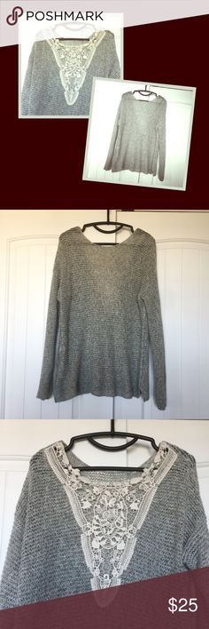 Hollister  Women's Sweater Gorgeous top!!! Perfect to wear this season! Excellent condition ❤️ Hollister Sweaters