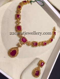 22 carat gold necklace with uncut diamonds square shaped rubies all over, Paired with uncut diamond ruby earrings. Gold Jewellery Design, Gold Jewelry, Gold Necklace, Diamond Jewellery, Fancy Jewellery, Jewellery Shops, Layered Necklace, Simple Necklace, Jewellery Making