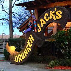 Drunken Jack's in Murrells Inlet, South Carolina offers fresh local seafood… South Carolina Coast, South Carolina Vacation, Myrtle Beach Vacation, North Myrtle Beach, Carolina Beach, Beach Trip, Mytle Beach, Pawleys Island South Carolina, Beach 2017
