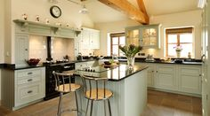 Open kitchen with front door close by would be nice to for Perfect kitchens chipping norton