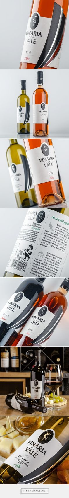 Vinaria din Vale - Packaging of the World - Creative Package Design Gallery - http://www.packagingoftheworld.com/2017/02/vinaria-din-vale.html