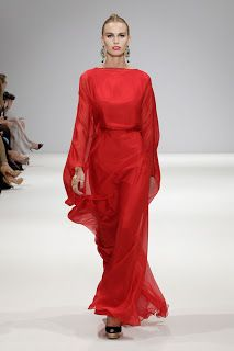 7. Resembles the Ionic Chiton with the full longer sleeves. DAS COLLECTION S/S13 RTW