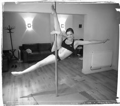 Alesia pole move  #poledancing #polefitness #invertedcrucifix #sport #fitness #fitnessfun #exercise