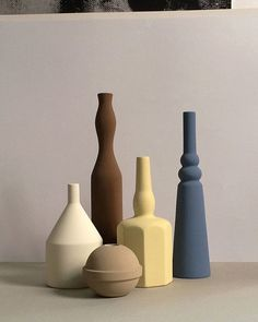 #WooddFridayInspired We fell in love with @sonia_pedrazzini's work. Her collection of hand painted ceramic jars and vases inspired by the still life's of Giorgio Morandi made their way though the World Wide Web and couldn't love them more  #woodd #soniapedrazzini