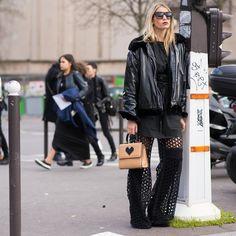 #LubakiLubaki | #AlexandreGaudin  @SophiaMacks #During @AnnDemeulemeester_Official #PFW  www.lubakilubaki.com by Alexandre Gaudin  #StreetStyle #SophiaMacks #Photo #NoFilter #Photooftheday #Picoftheday #Instagood #FashionIsta #Mode #Outfit #ootd #Style #Dark #AllBlack #InstaDaily #Fashion #FashionWeek #FashionWeekParis #PFW16 #FW16 #Womenswear #AnnDemeulemeester #Paris http://ift.tt/1RWLOAh