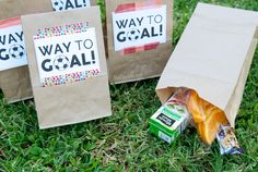 Snacks What to Bring to Soccer Team PracticeWhat to Bring to Soccer Team Practice Kids Soccer Snacks, Soccer Treats, Sports Snacks, Team Snacks, Soccer Gifts, Team Gifts, Kids Sports, Soccer Party, Soccer Theme