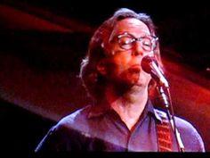 おはようございます。 今日6/24はジェフ・ベックの誕生日。 今朝の一曲は「ムーン・リヴァー」 マディソン・スクエア・ガーデンでのジェフ・ベックとエリック・クラプトンのライヴ。ロック三大ギタリスト中の二人の協演ですが、こんなゆったりとしたスローバラードを聴かせてくれるのもいいですね(^.^)
