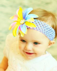Loving these hairbows. Pastel colors are the way to go!