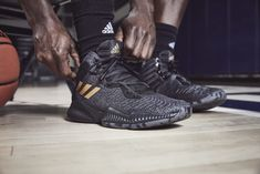 timeless design 96078 a973e adidas Basketball Debuts New Pro Bounce and Mad Bounce Models