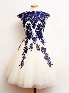 Lovely Short Tulle Round Neckline with Blue Lace Details, Short Lace Prom Dresses, Prom Dresses 2105, Tulle Homecoming Dresses