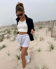 Hijab Casual, Cute Casual Outfits, Short Outfits, Beach Outfits, Trendy Summer Outfits, Tank Top Outfits, Instagram Outfits, Outfit Strand, Outfit Chic
