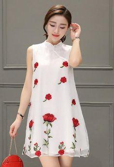 Đầm voan kiếng thêu hoa hồng dễ thương