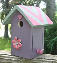 """Vintage Grape"" Bird House Chickadee Wren Birdhouse Great Victorian Colors | eBay"