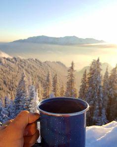 #theteacupadventures Moscow Mule Mugs, Coffee Maker, Hiking, Mountains, Landscape, Nature, Travel, Coffee Maker Machine, Walks