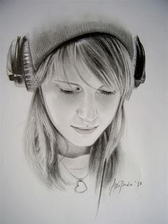 Hayley Williams portrait (Paramore)