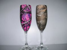 Hey, I found this really awesome Etsy listing at http://www.etsy.com/listing/120377214/set-of-2-camo-dipped-champagne-glasses
