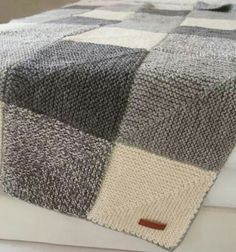 Take one stunning pattern from Etsy and my creative mind and what do you get? The Domino Star Shades of Gray Afghan - a wonderful gift you can make too. Knitting Squares, Knitting Paterns, Easy Knitting, Crochet Blanket Patterns, Knitting Stitches, Knit Patterns, Knitting Projects, Crochet Projects, Crochet Crafts
