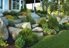 Zahrádky ve svahu | Dům a zahrada - bydlení je hra Garden Cottage, Home And Garden, Modern Front Yard, Garden Stairs, Hardscape Design, Garden Projects, Garden Landscaping, Garden Sculpture, Outdoor Living