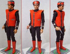 Captain Scarlett -TV show 1968 - Costume clearly influenced by Pierre Cardin   - replica puppet by David Sissons  http://www.davidsissonmodels.co.uk/