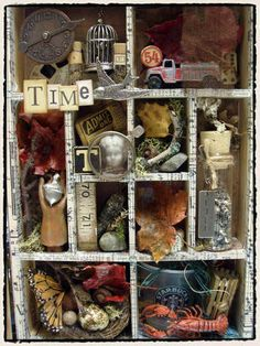 New in 2011 look out for Tim Holtz Configurations Shadow Boxes.Finally a shadow box that will fit any size trinkets you would like. Shadow Box Kunst, Shadow Box Art, Altered Boxes, Altered Art, Tim Holtz, Paper Art, Paper Crafts, Diy Crafts, Vitrine Vintage