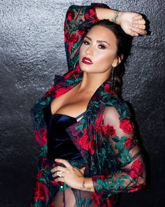 """Demi Lovato ✾Lookin"""" Sexy 😜👅and ready to proceed further with Entertainment, Good """"Luck""""👍🏿😜👅🌹👄💓 Selena Gomez, Beautiful Celebrities, Beautiful People, Demi Lovato Body, Demi Lovato Workout, Demi Love, Demi Lovato Pictures, Demi Lovato Pics, Demi Lovato Lesbian"""