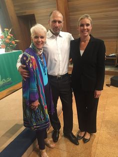 Jan joins her dear friend and brilliant new Music Director Rafael Javadov and Anna Binneweg, Conductor of Ethno World Orchestra at their premiere concert at Calvary Lutheran Church in Silver Spring, Maryland. Do not miss their next concert on Sunday, October 9th at 4:30 pm. Absolutely fabulous performance!