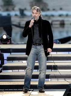 Andrea Bocelli and fiancée Veronica welcome a baby girl ...